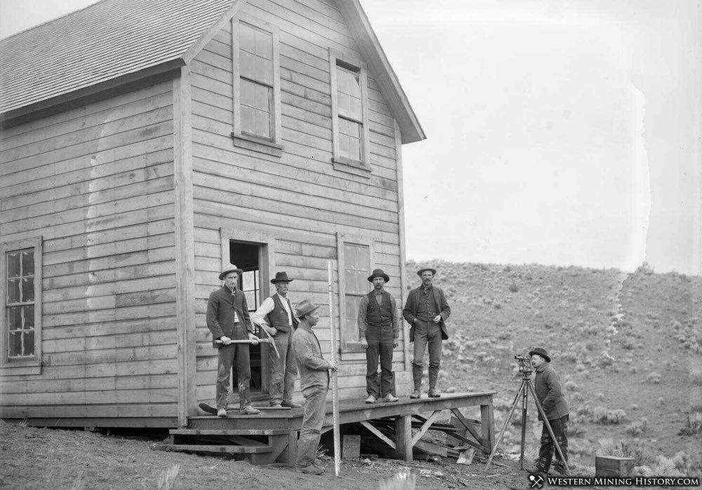 BSurvey Crew at the Oregon King mine - Ashwood Oregon 1901