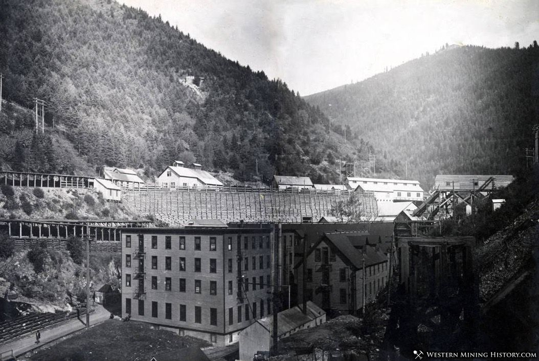 Tiger Hotel and Hercules Mine - Burke, Idaho 1915