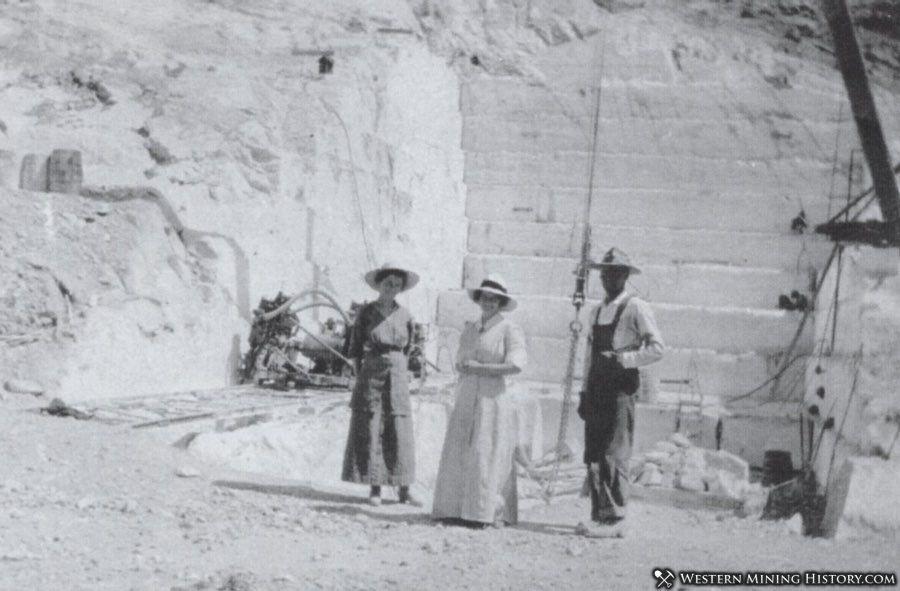 The Carrara marble quarry around 1915