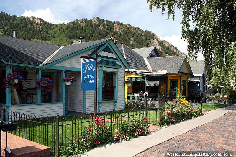 Amazing Old Victorian Homes In Aspen Download Free Architecture Designs Ferenbritishbridgeorg