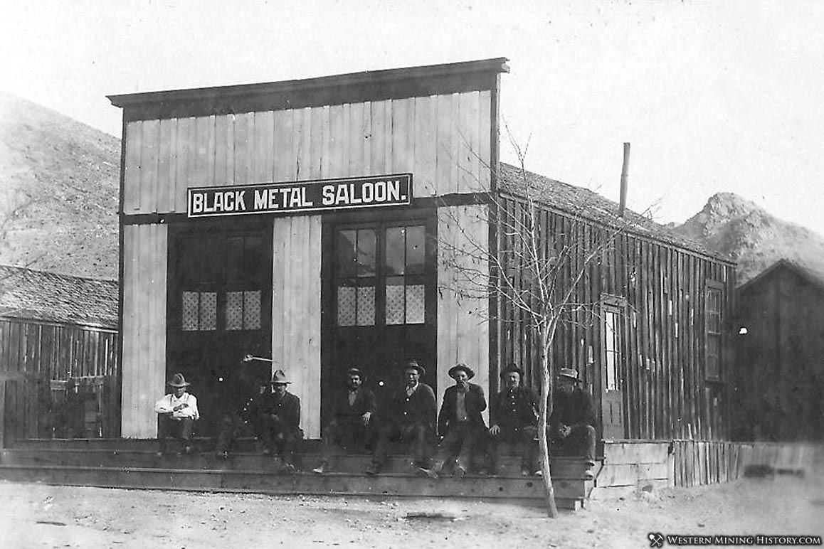 The The Black Metal Saloon in Darwin, California 1905