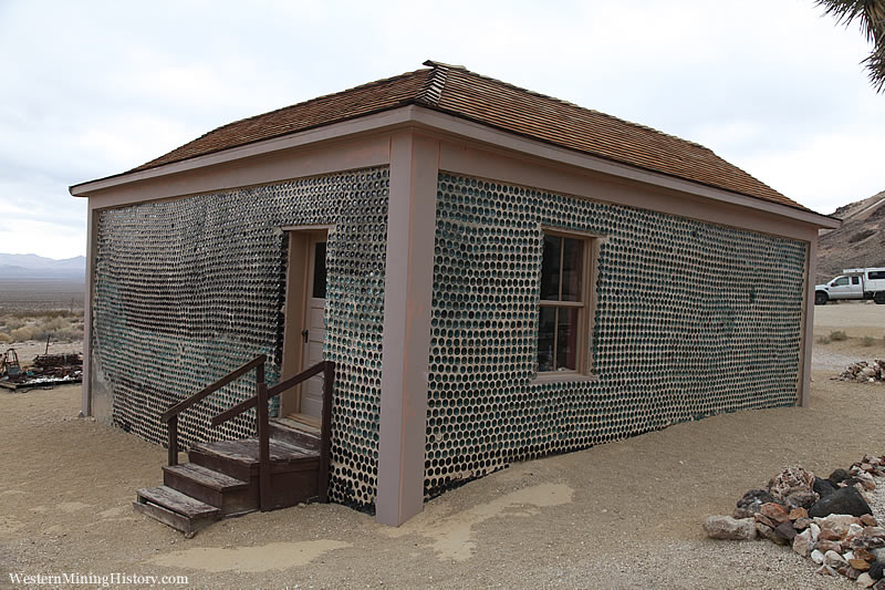 Tom Kellys Bottle House - Rhyolite