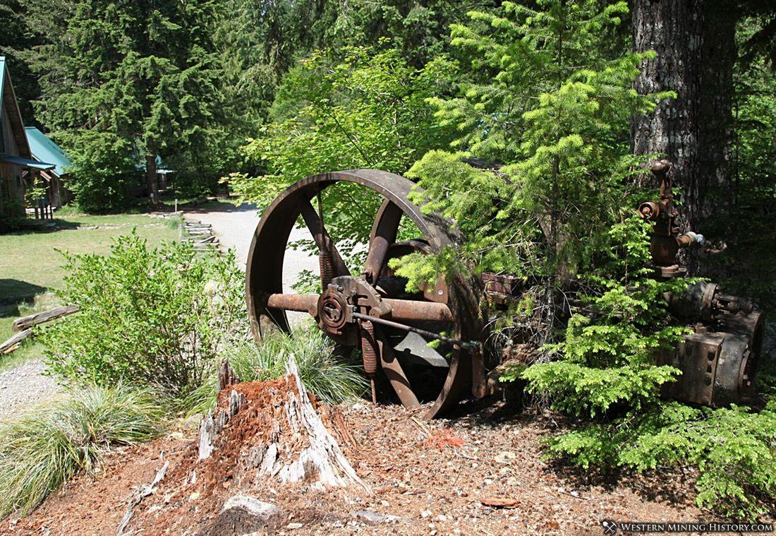 Old machinery at Jawbone Flats