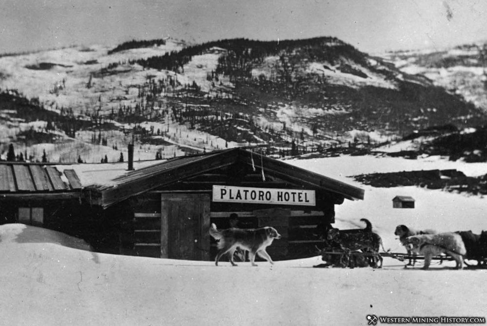 Platoro Hotel and dog sled team
