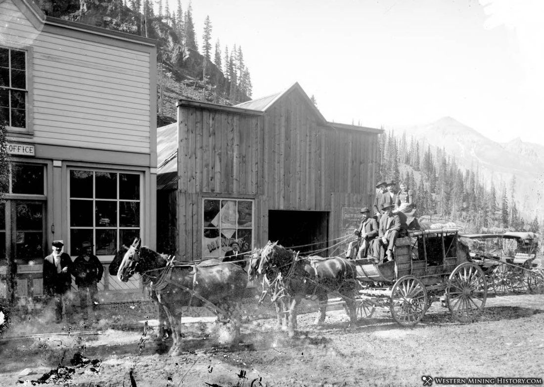 A stagecoach at Red Mountain Town ca. 1890