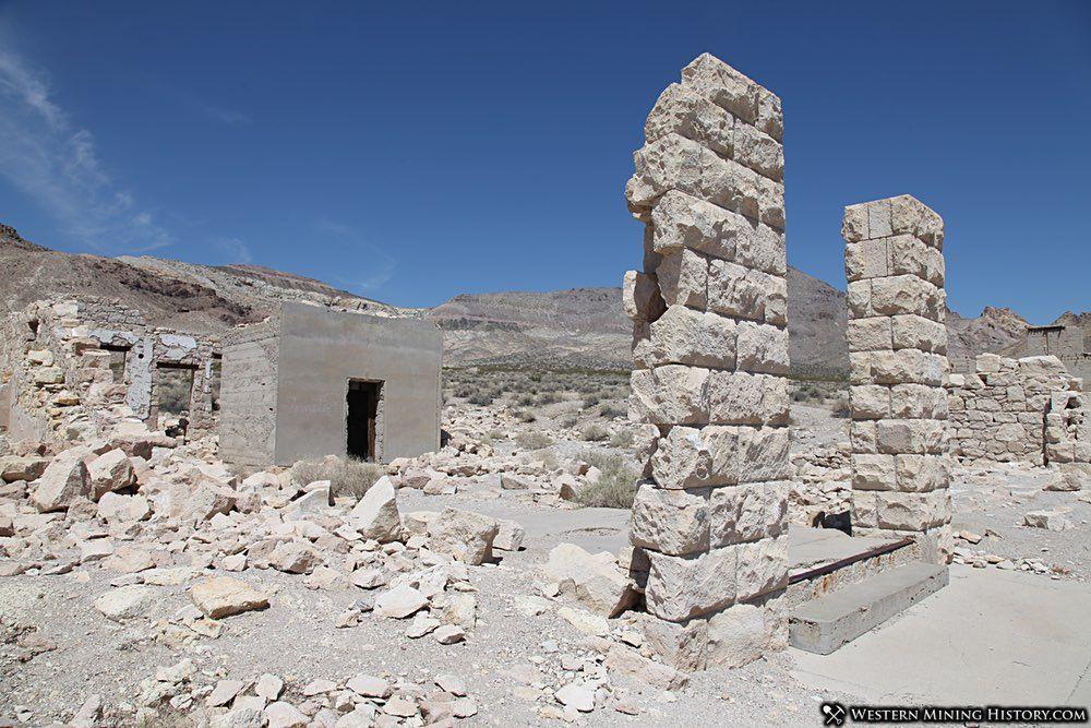 Overbury Bank Ruins - Rhyolite
