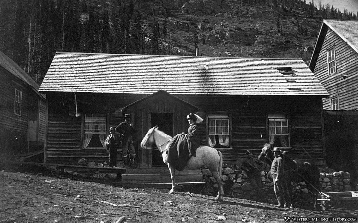 Residents of Saint Johns Colorado