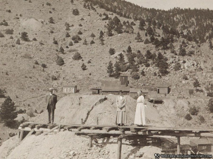 This Salina area photo possibly depicts the Richmond mine ca. 1910