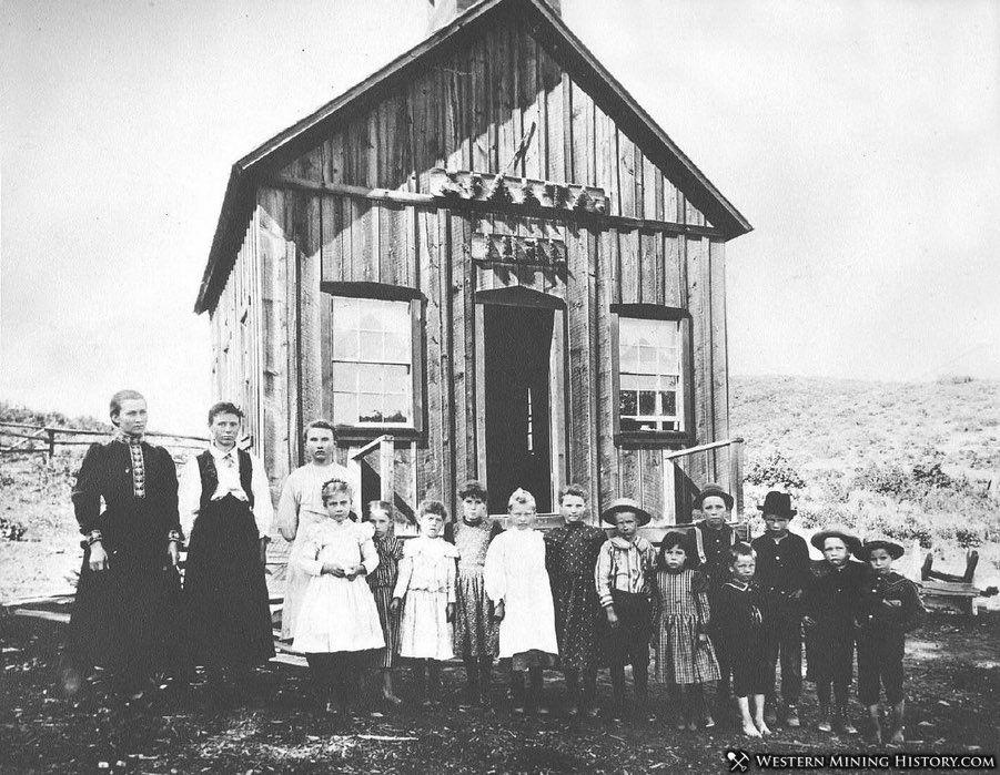 Sparta School 1898