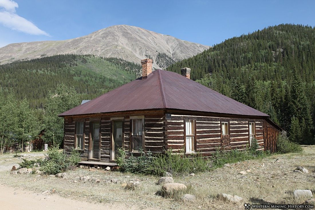 Cabin at St. Elmo