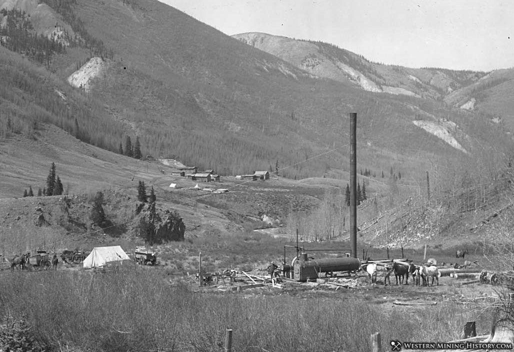 Mining activity near Stunner, Colorado 1913