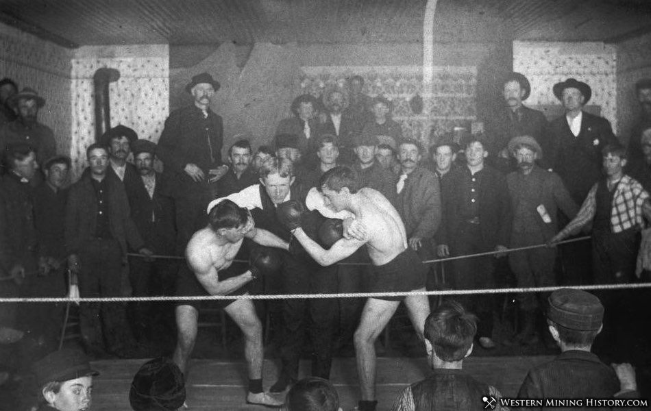 Boxing match at Woods Saloon - Turret Colorado 1905