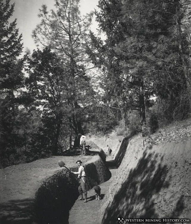 Construction of the 15 mile long ditch at the Union Hill Mine ca. 1906