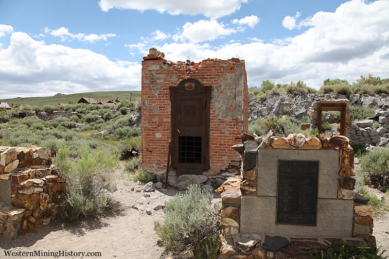 Remains of the Bodie bank today