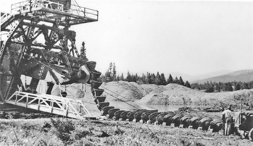 Sumpter dredge No. 3 dragline repairs