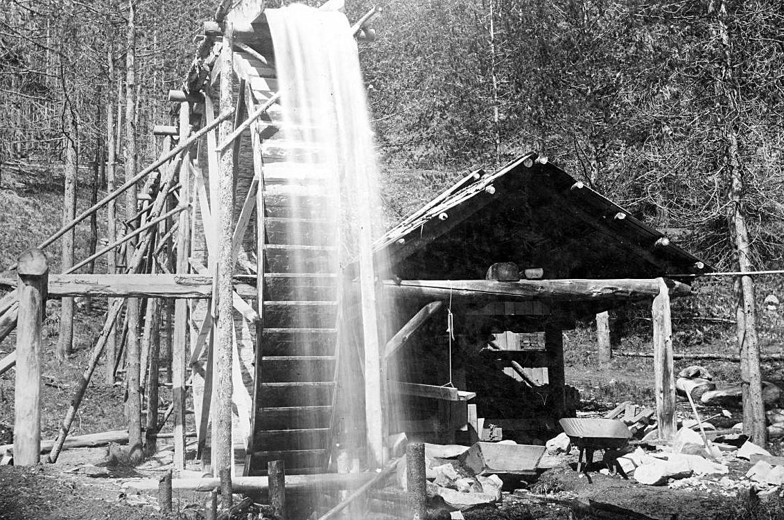 Water-powered arrastra at Dixie, Idaho