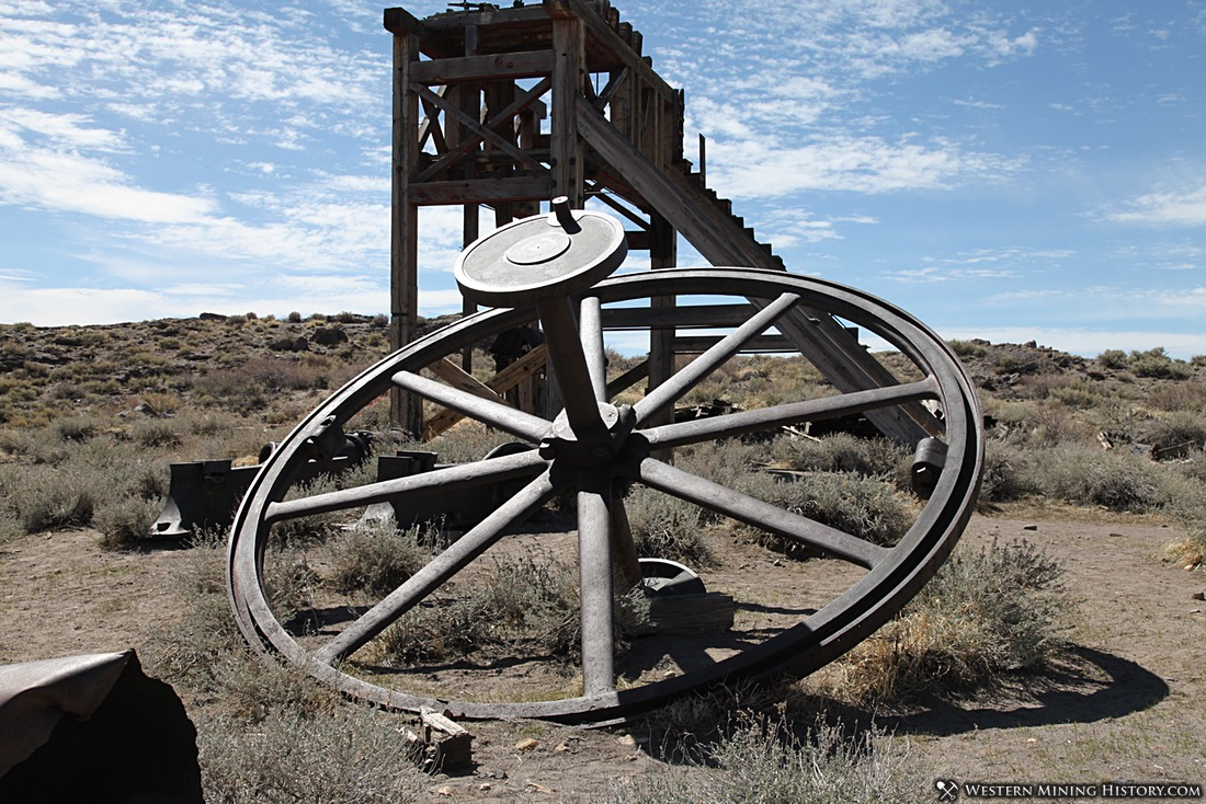Large bull wheel used in hoisting