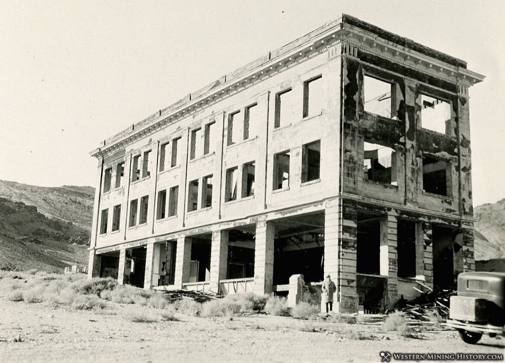 Ruin of the Cook Bank building, Rhyolite, Nevada 1923