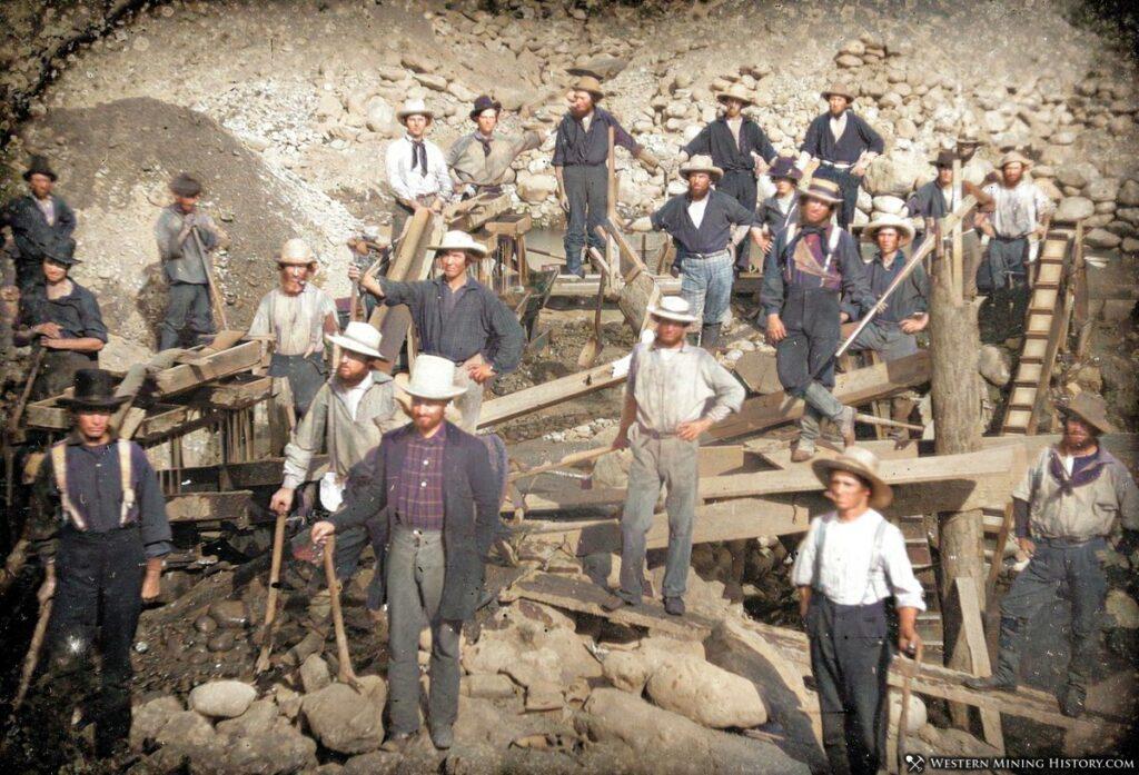 1852 California placer mining scene
